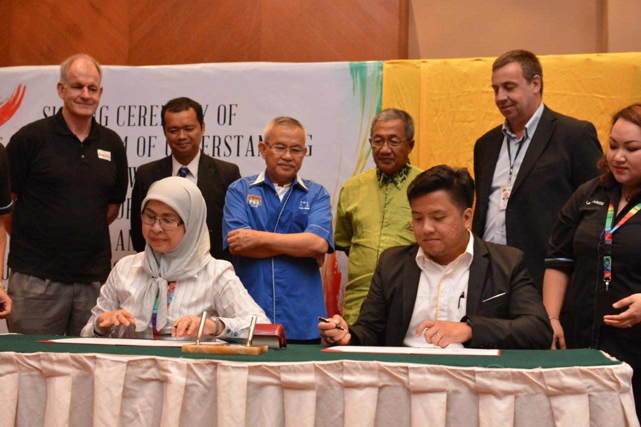 Bintulu Rugby -Signing of MoU
